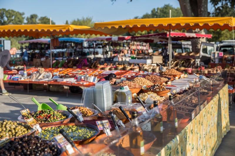 Visite guidée Balade Gourmande, marchés de producteurs autour d-Uzès et du Pont du Gard