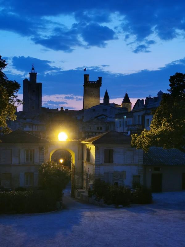 Au fil du temps à Uzès visite nocturne